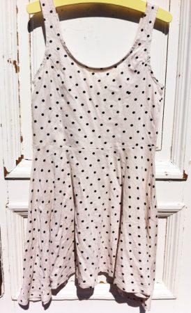 134/140-es Dots ruha, oldalán hosszított szabással