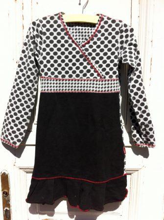 128/134-es Claesens ruha