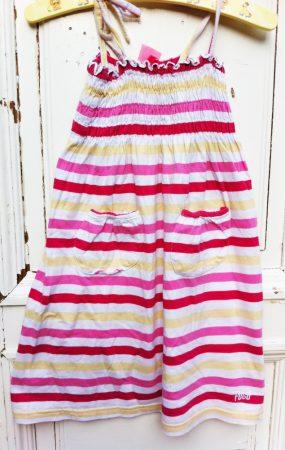 128-as Fugo Girls ruha