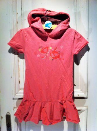 6 évesre (114 cm) kapucnis ruha