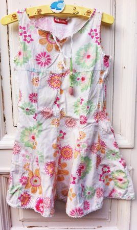 128/134-es Mini Stars ruha