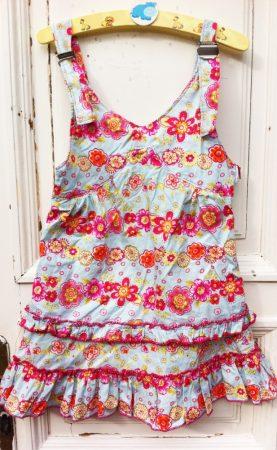 116/122-es virágos ruha