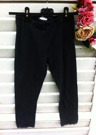 152-es H&M 3/4-es leggings, alján csipkével