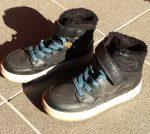 30-as H&M magas szárú, szőrmebéléses cipő
