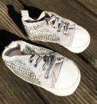 12-18 hónapos kislányra való ezüst flitteres totyogó cipő, ÚJSZERŰ